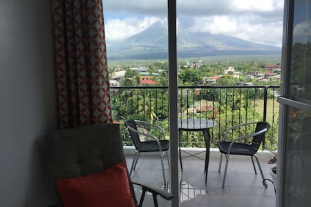 Brand New Unit w/ view of Mt Mayon - Daraga - 아파트