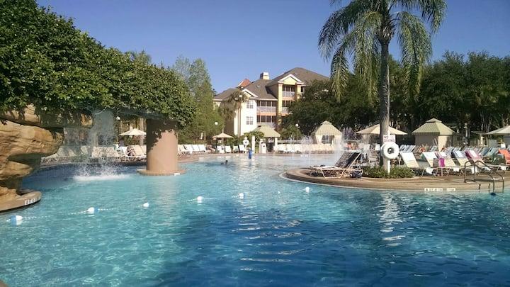 Luxury 5-star Sheraton resort, by Disney Springs