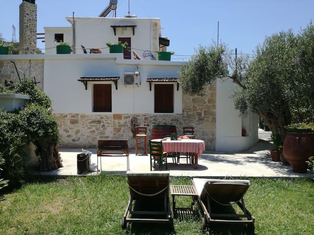 Sofiana Traditional Cretan Villa