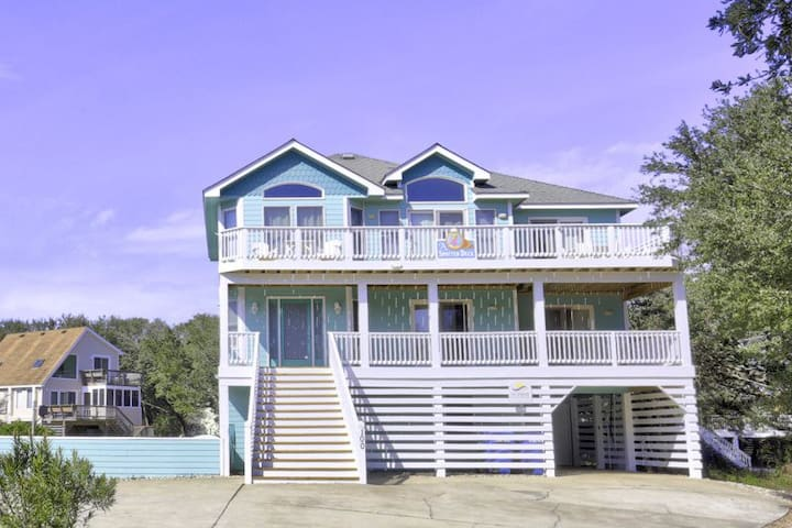 2150 A Spotted Duck * 4 Min Walk to Beach * Pet Friendly * Pool * Volleyball * Pool Table