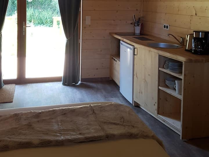 Lodge-Luxury-Ensuite with Shower-Terrace-Lodge SWORD