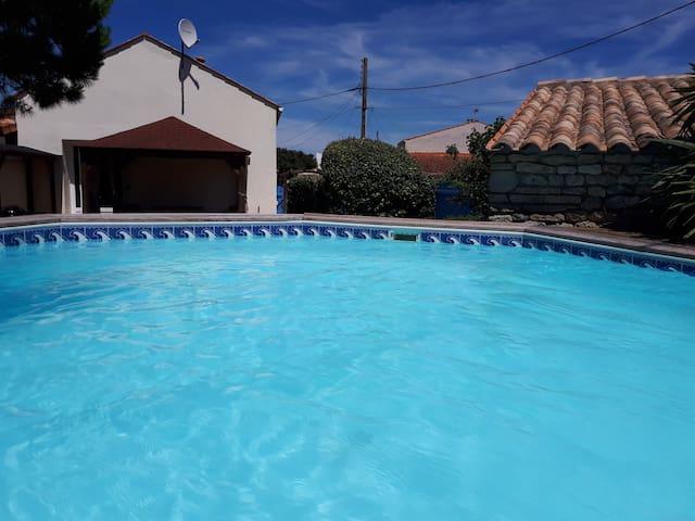 Dolus : Maison 5 chambres avec piscine