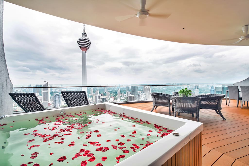 Or overlooking KL Tower
