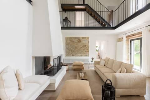 iFlat | Stones & grass villa with jacuzzi nearTodi