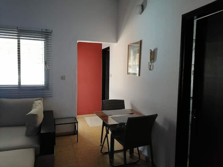 Petit appartement sympathique dans une zone calme