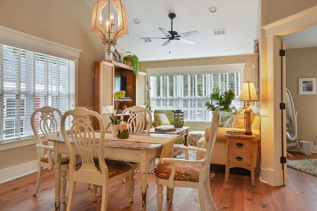 Bright comfortable dinning/living room