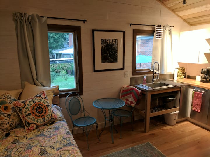 Private studio - cozy, modern, eco-friendly