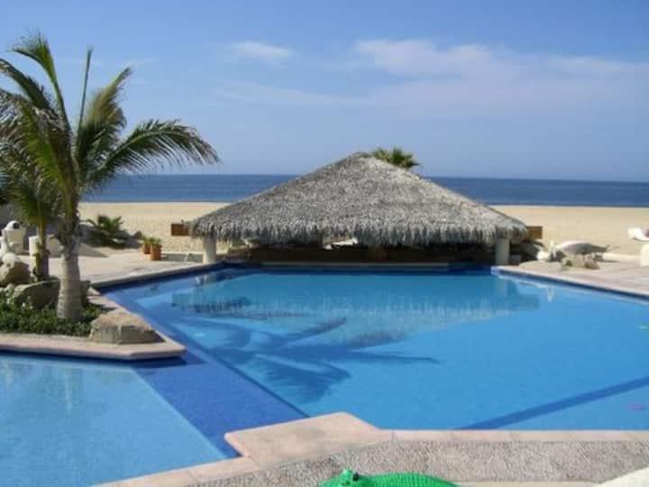 Terrasol Cabo: Remodeled oceanfront studio
