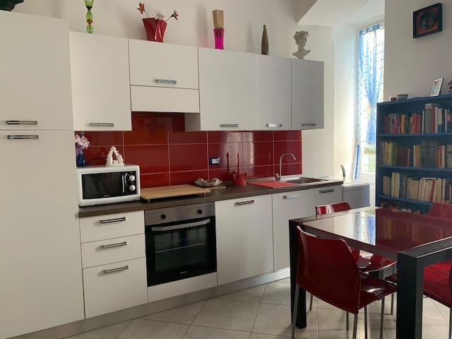 Vivi Savona- appartamento tra storia e mare