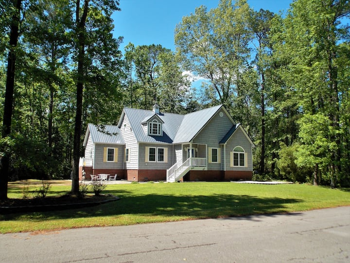 Enjoy the amenities on the Inner Banks of NC!