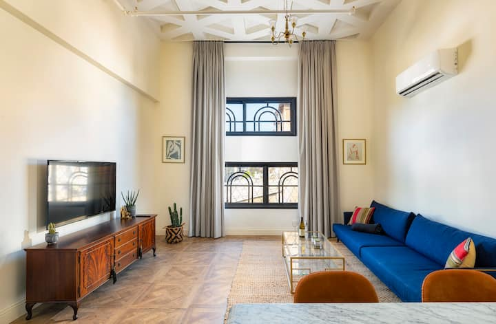 beautiful luxury loft across Nave Tzedek
