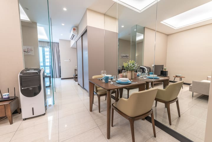[NEW&LUXURY] Large Studio Suite 2-4Pax Near KLCITY