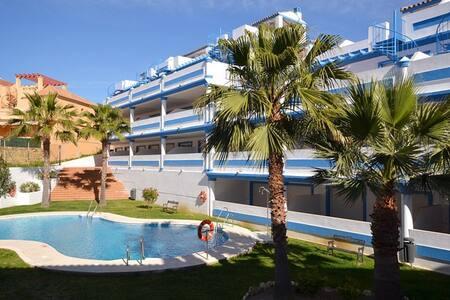 New apartment with cozy pool area in Costa del Sol - Apartment