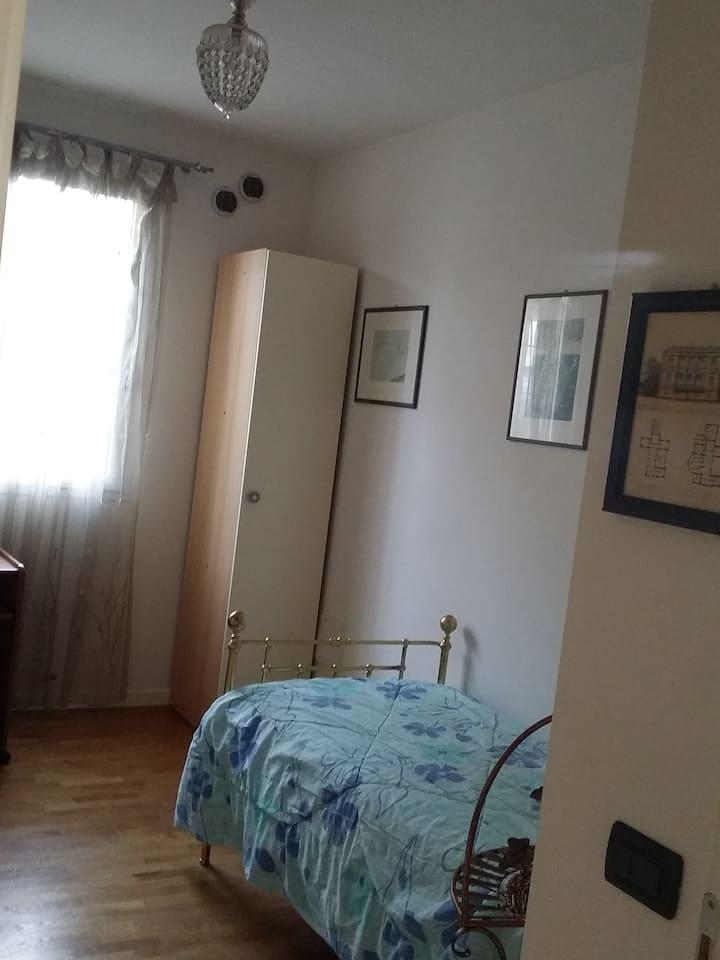 singol room with private toilette Cesare