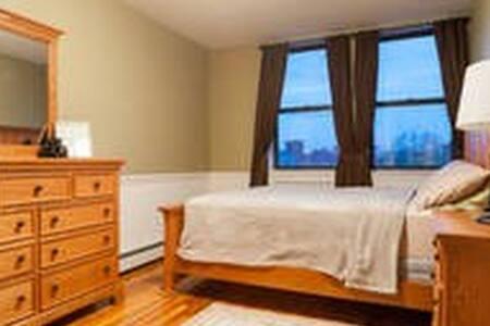 Big Master Bedroom Dumbo Brooklyn