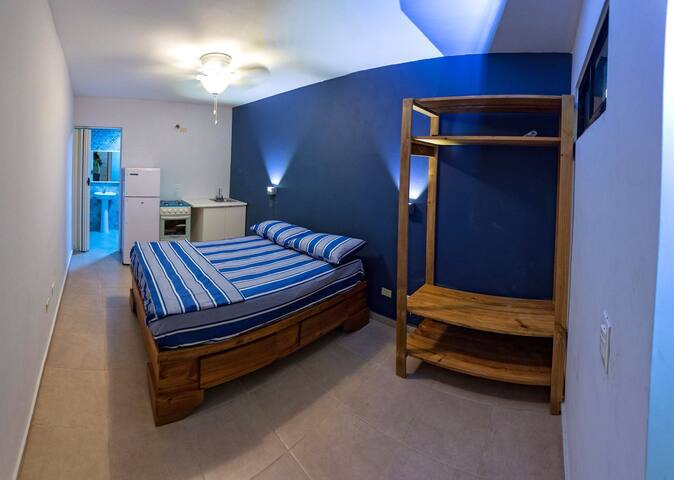Private Room in upper side Center Santo Domingo - Santo Domingo - Leilighet