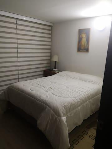 Hermosa habitación, ambiente familiar, excelente.