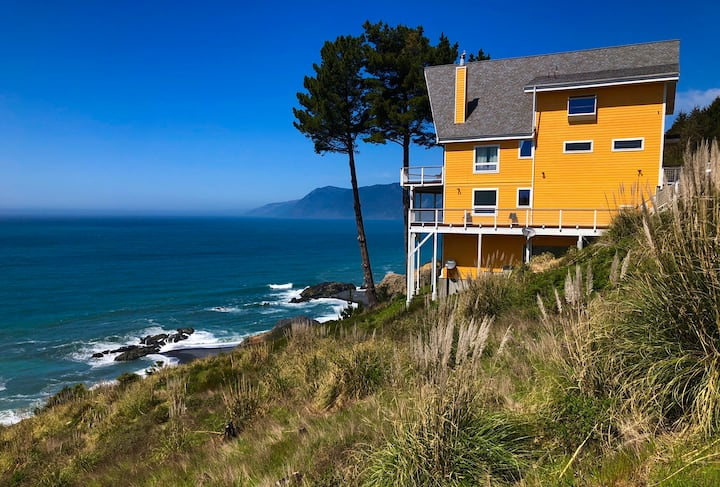 Amazing Oceanview, Shelter Cove, Oceanfront!