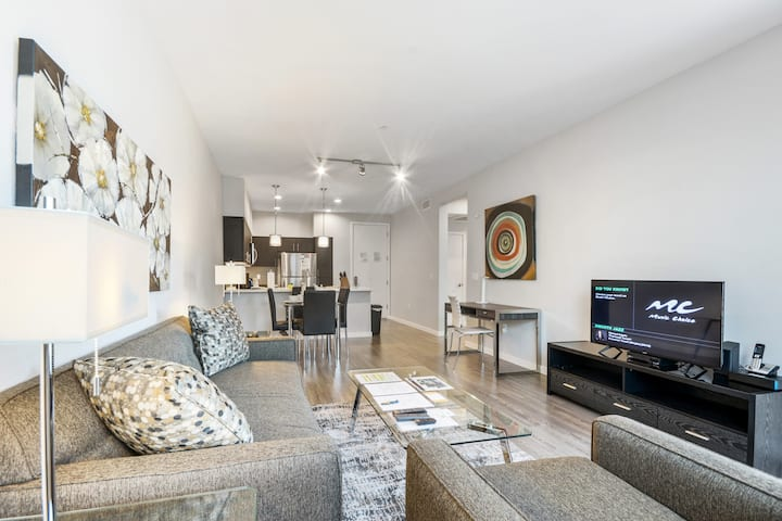 Upscale 1BR with Designer Finishes in Menlo Park