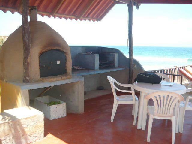 Hermosa Casa céntrica en Punta Sal - Punta Sal