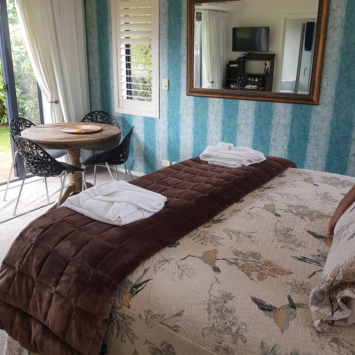 The Premium Suite - at The Roost Executive B&B