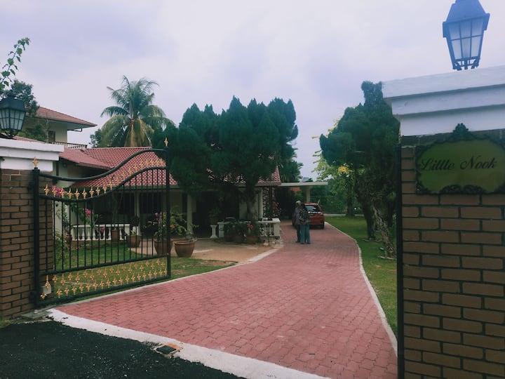 Family-Friendly Single-Story Bungalow w/ Land