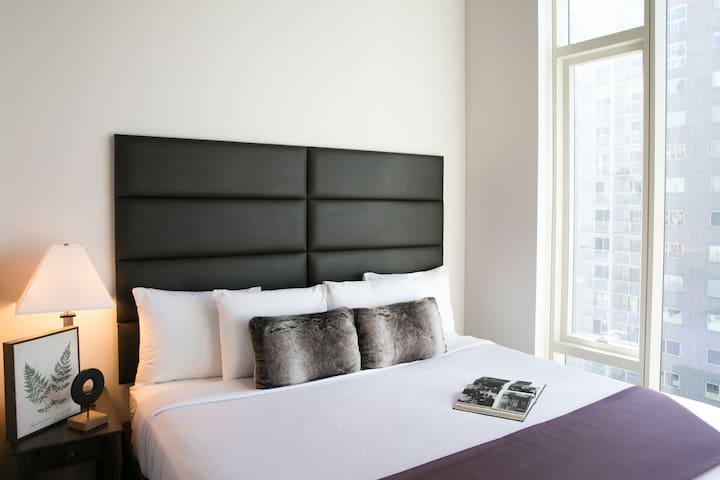 Classic One Bedroom Loft at 505