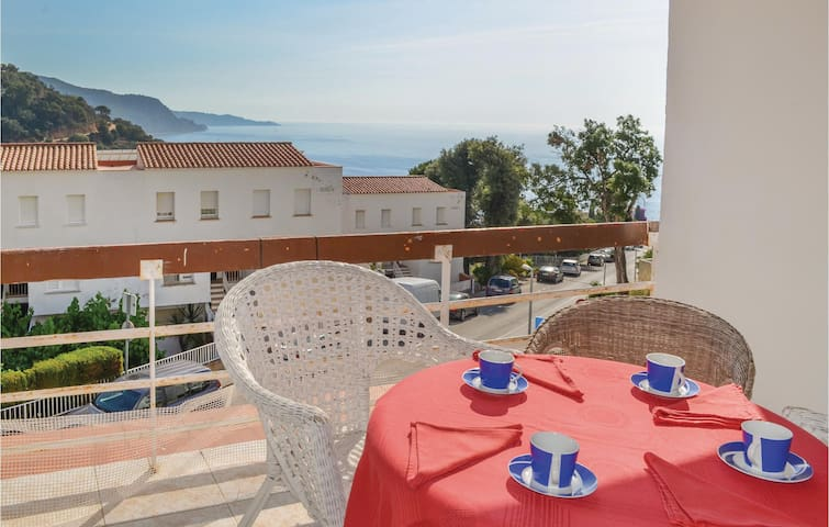 Holiday apartment with 1 bedroom on 50 m² in Tossa de Mar