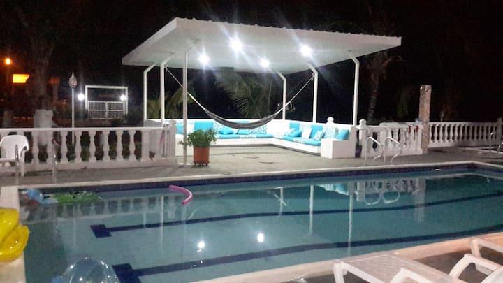 Espectacular casa de huéspedes, con piscina privad