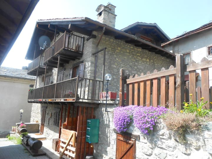 TRANQUILITY AND RELAXATION TWO STEPS FROM AOSTA
