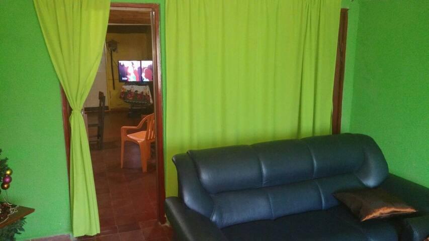 Casa para vacacionar - Encarnación - Casa