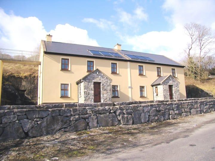 Clare's Rock (Jones 1)