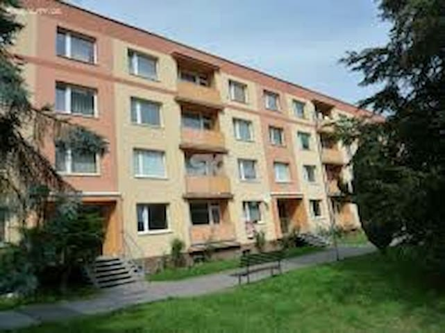 Nice 60 m2 apartment in quite area - Děčín - Lakás