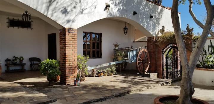 BIG & BEAUTIFUL Hacienda-Style NO HOA in Rosarito