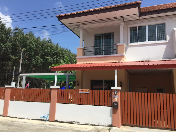 Bangtao/Layan beach10mins,Private House in Thalang