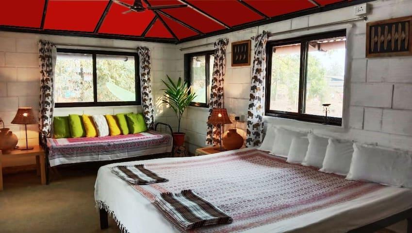 Koyari Vacation Home -Private Room in a Farmstay