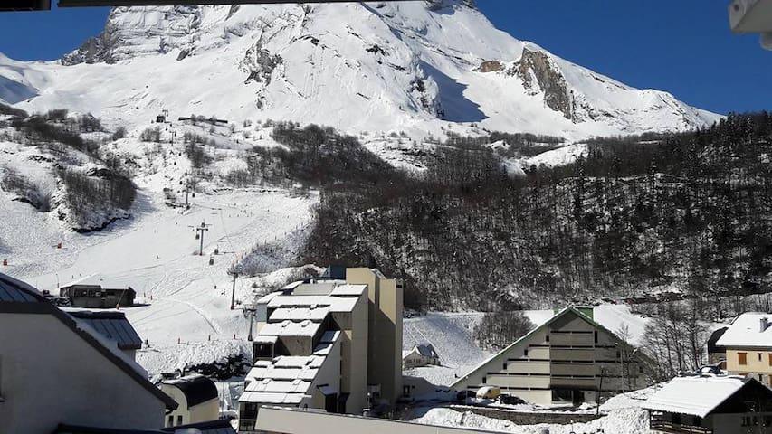 Gourette station de ski, studio 4 personnes - Eaux-Bonnes - Apartamento