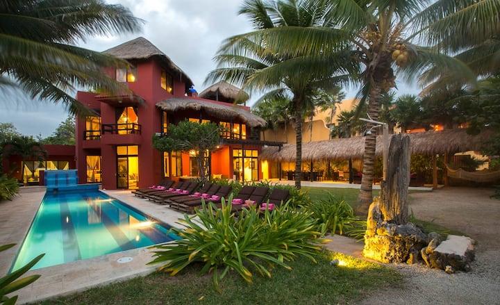 ZenSeaVillas Zen del Sol - Luxury Beach Villa