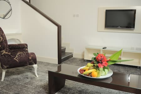 Oscar Resort Pink Court Gallery duplex room - Girne - 아파트