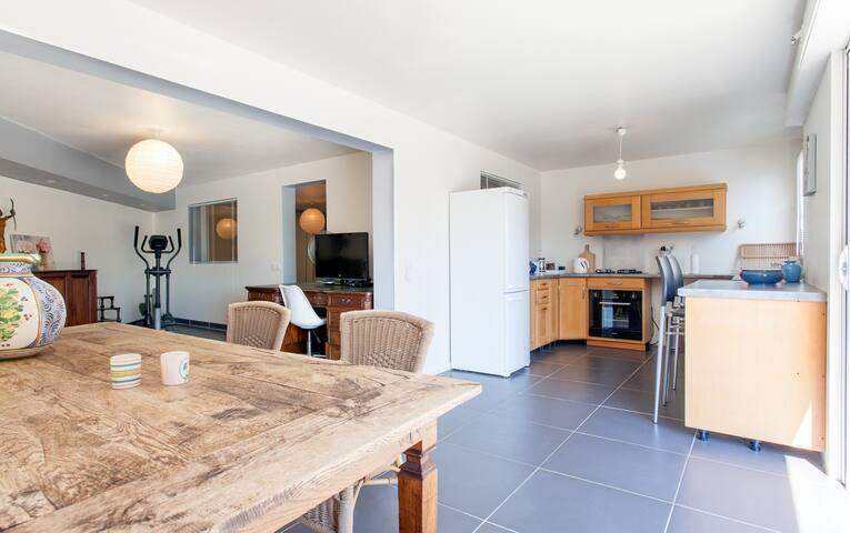 Spacious Apartment in the Esterel Mountains - Les Adrets-de-l'Estérel - Apartamento