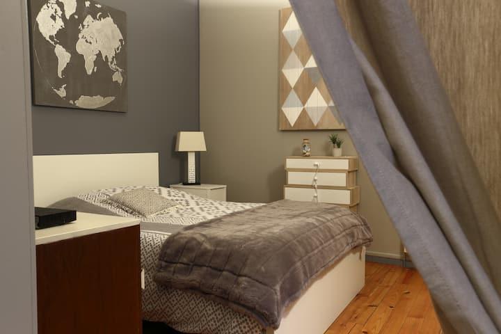 Le loft carez chambre + cuisine + SDB
