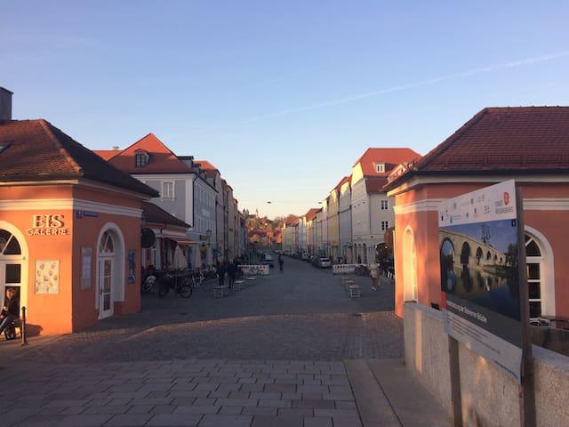 Schönes Appartement mit Designerbad - Regensburg - Leilighet
