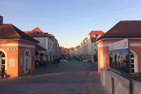 Schönes Appartement mit Designerbad - Regensburg