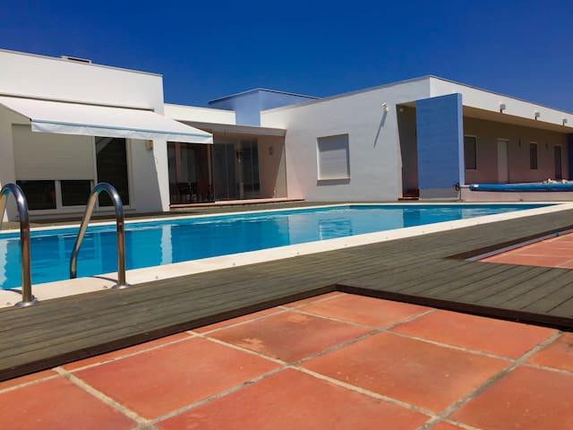 Luxury villa nearby Alentejo - Coruche - House