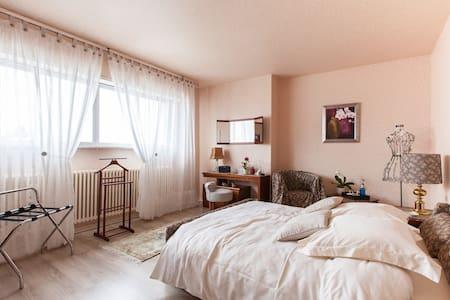 Le Jardin d'Eden - Chambre Roseline - Otterswiller - Bed & Breakfast