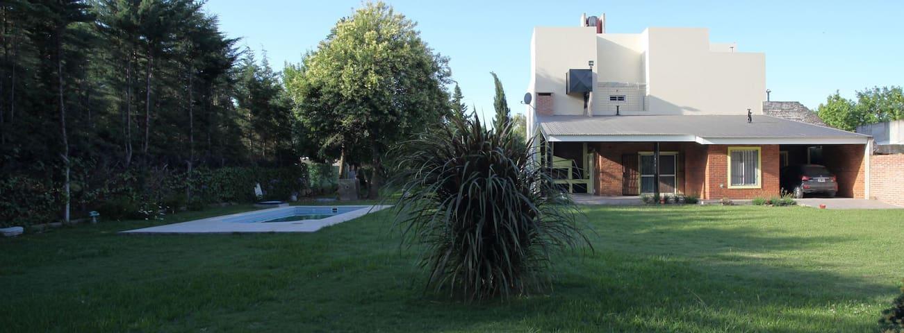 Soles de Esther - Whole House in Pueblo Esther.