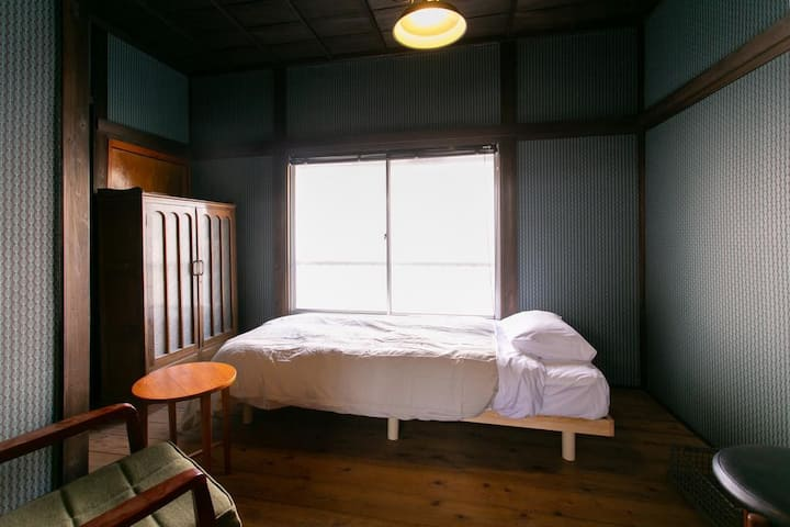 Mojiko Guesthouse PORTO 【Private Single Bedroom】