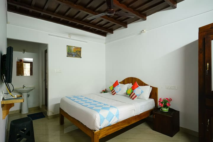 OYO - Lightening Deal! Cosy 2 BHK Home In Anachal