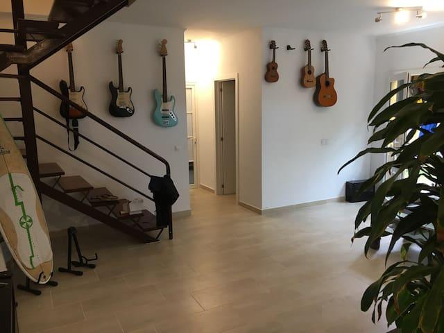Luxus Privat Zimmer | WIFI - Pájara - บ้าน