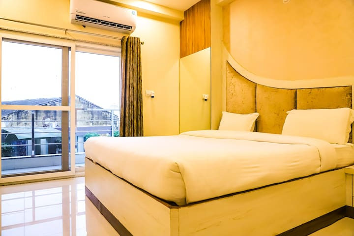 Room For 2-Opposite Prem Mandir-Vrindavan